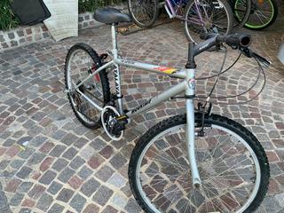 Biicicleta Atalaya Mountain Bike Rodado 24 ** 18 Cambios