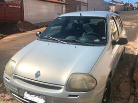 Renault Clio 1.0 2001