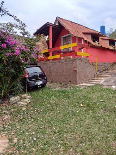 Chácara Em Carrancas Com 02 Chalés, Churrasqueira , Perto Do Complexo De Cachoeiras Da Zilda. - 893