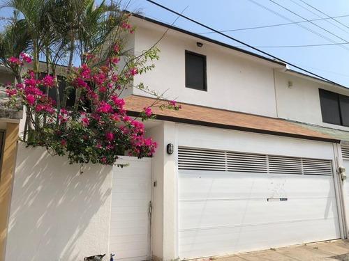 Casa En Renta En Fracc. Costa De Oro. Boca Del Río, Ver.