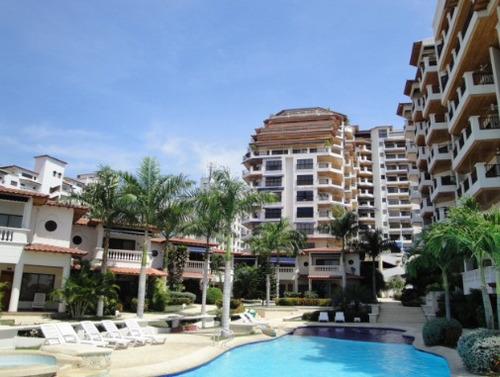 Imagen 1 de 14 de Apartamento En Renta Primera Linea Del Mar En Bello Horizonte - 005 R