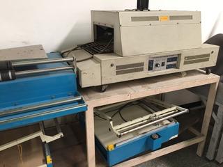 Maquina Termoencogible Con 2 Selladoras Y Dispensadoras