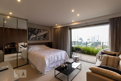 Studio No 10º Andar Mobiliado Com 1 Dormitório E 1 Garagem - Id: 892917601 - 217601