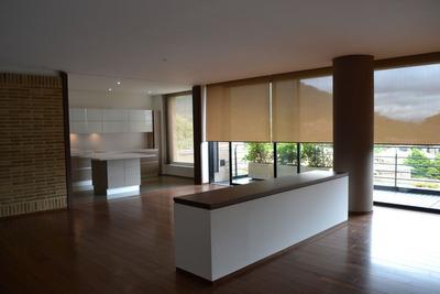 Apartamento En Arriendo/venta Santa Barbara 97-1717