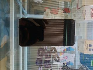 Celular LG Q6 Prime Estetica: 9.5