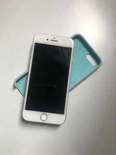 iPhone 8 Apple 256 Gb Prata Tela 4,7 +película + Cases