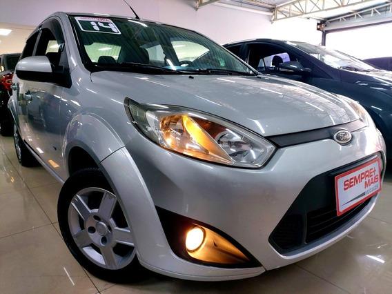 Ford Fiesta Sedan 1.6 Rocam Se Flex 4p 2014 Veículos Novos