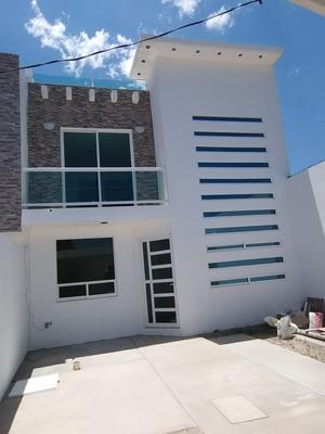 Casa Semi Residencial , Modernidad , Calidad Y Seguridad