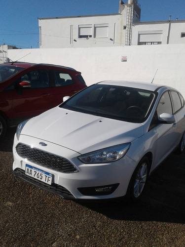 Ford Focus 1.6 S 2016