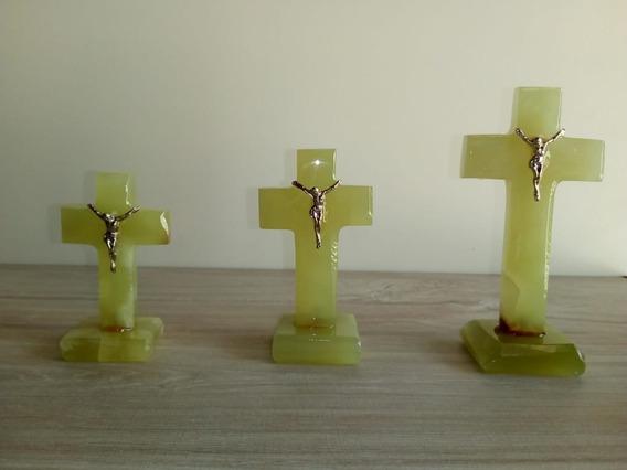 Cruz En Marmol Con Base Y Cristo