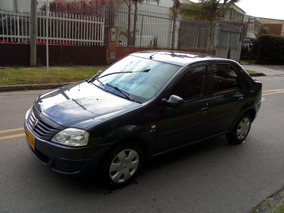 Renault Logan Familier 2013