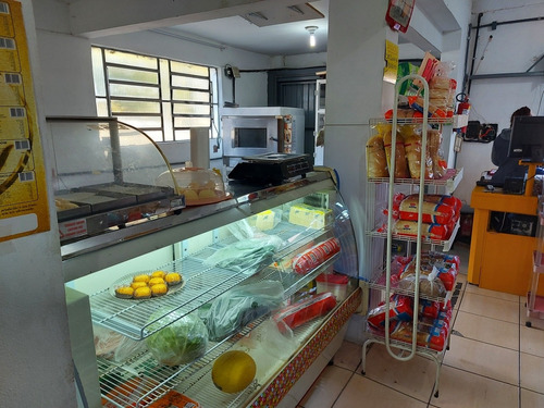 Imagem 1 de 5 de Vendo Mercado