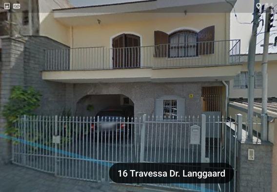 Vende-se Uma Linda E Aconchegante Casa Sobrado, Com 6 Dorm.