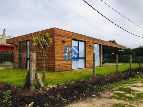 Casa En Venta Y Alquiler, La Barra, Punta Del Este- Ref: 314