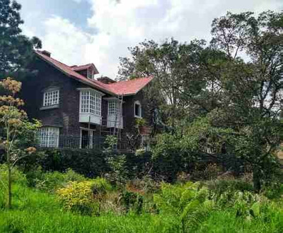 Residencia En Venta En Jardines De La Montaña, Cdmx