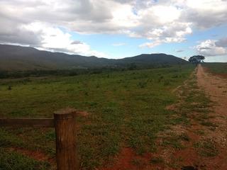 Fazenda Com 571 Hectares No Município De Gouveia Mg , 90 Km De Curvelo, Já Georreferenciada, 1.050 Metros De Altitude, Muita Água. - 168