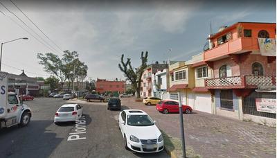 Casa Plomeros, Michoacana, Venustiano Carranza, Remate Hip.