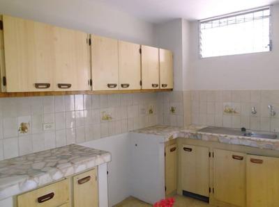 Alquilo Dpto. 3 Dormitorios, Garaje En Centenario Sur