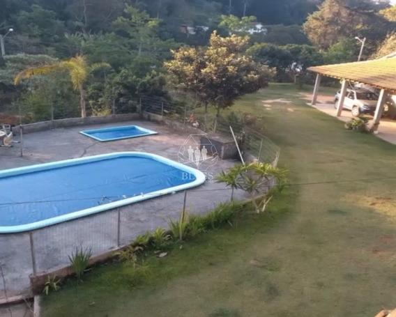 Linda E Espaçosa Chácara No Recanto Da Prata (ivoturucaia) Com 2.000 M2 De Terreno E Casa Sede Com 3 Dormitórios!!!! - Ch00162 - 67814818