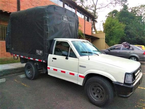 Mazda B 2000 Gas/ Gasolina