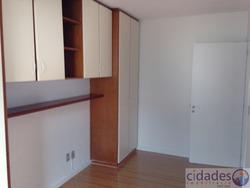 Apartamento No Bairro Agronômica Em Florianópolis - Laag361