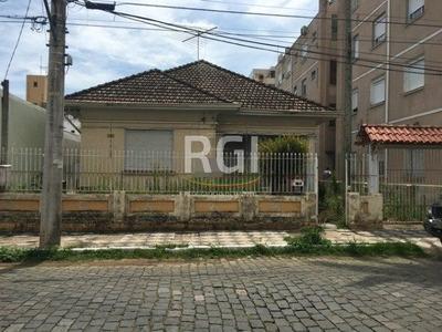 Casa Em Centro Com 3 Dormitórios - Vr28834
