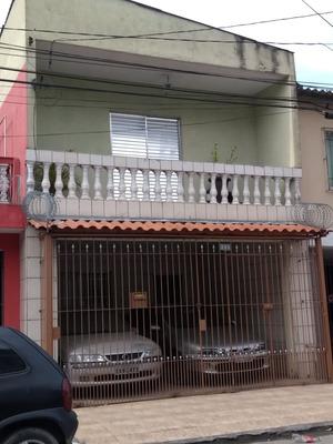 Casa Com Duas Moradias No Parque Do Carmo Independentes