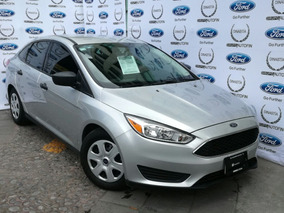 Ford Focus 2.0 S Mt