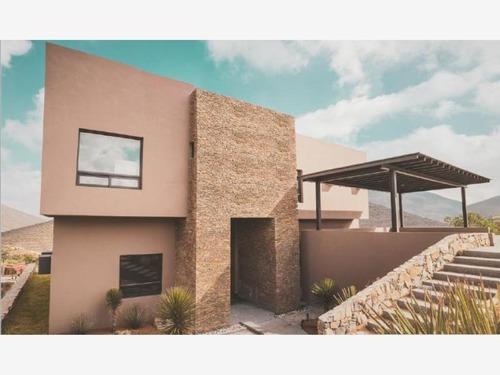 Casa En Venta En Carretera Zona Valle Poniente