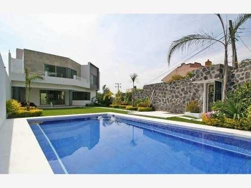 Residencia Ubicada Al Sur De Cuernavaca