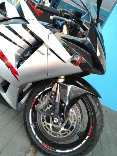 Imagem 1 de 14 de Honda Cbr 600 Rr