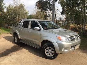 Toyota Hilux Srv 3.0 - 4x4 - Automática
