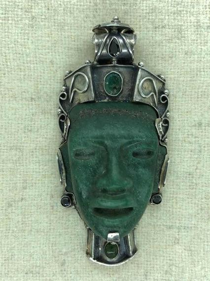 Máscara De Jade Con Plata Y Esmeraldas