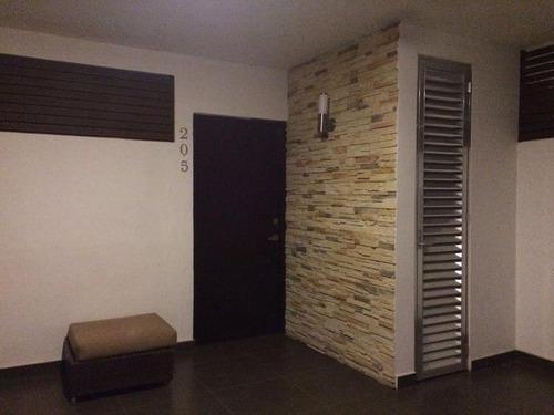 Depto En Zona Altabrisa De Dos Habitaciones!!!!
