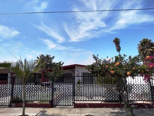 Acogedora Casa En Fracc. Bahía