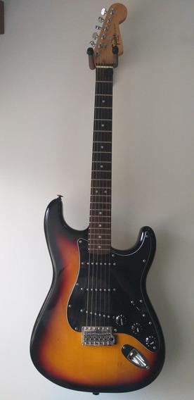 Squier Stratocaster Sunburst Modificada 250_vds