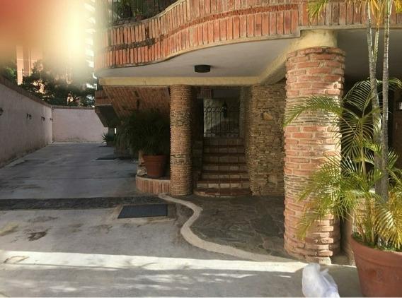 Townhouses En Las Chimeneas, 0241-8239522 Código 416702