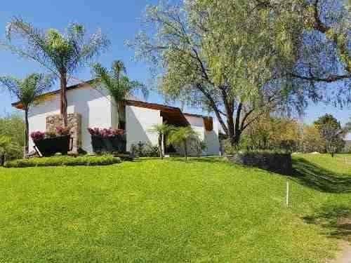Residencia Nueva En Campo De Golf Balvanera, Querétaro