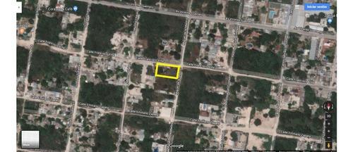 Terreno En Esquina En Poblado De Alfredo V Bonfil De 1,250 M2 Quinta Roo