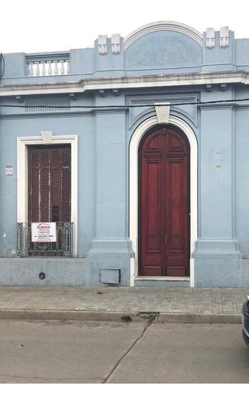 Alquiler Local Solís 1032 Entre Av.artigas Y Wilson Ferreira