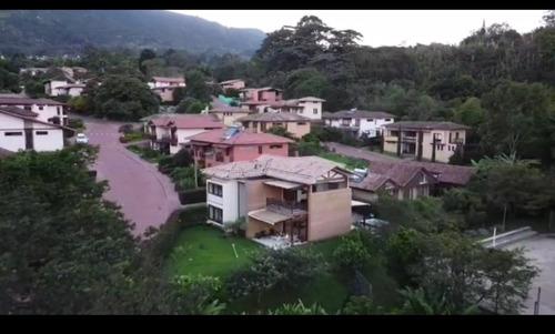 Casa Parcelacion La Aldea, La Estrella, Medellin, Directo