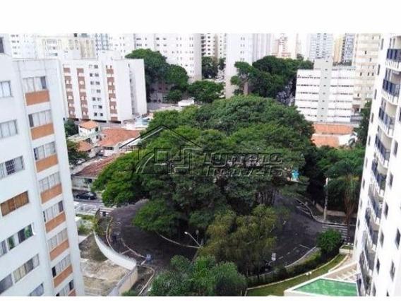 Apartamento Com 1 Dormitório Na Vila Adyana. Vista Permanente