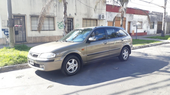 Mazda 323 1.7 Sedan Glx 2001