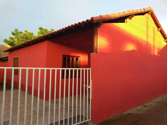 Casa 02 Quartos