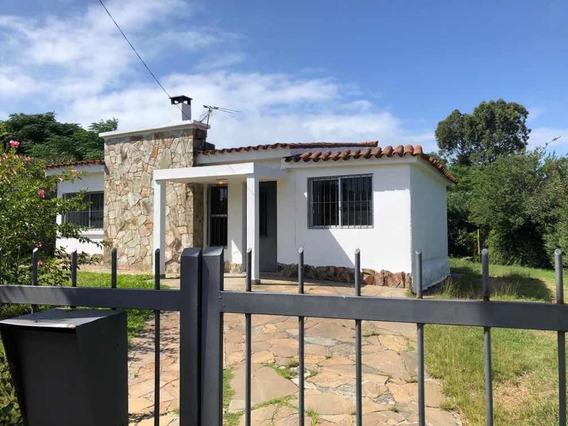 Casa En Solymar 2 Dormitorios. Cerca De Todos Los Servicios