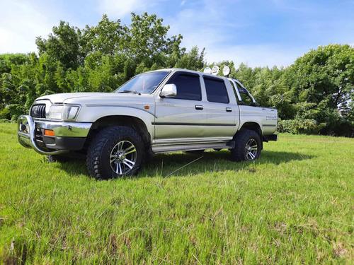 Toyota Hilux 3.0 D/cab 4x4 Srv 2004