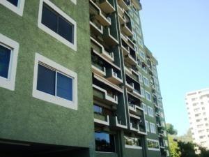 Apartamentos En Venta En Tzas Del Club Hipico Mls #19-11447