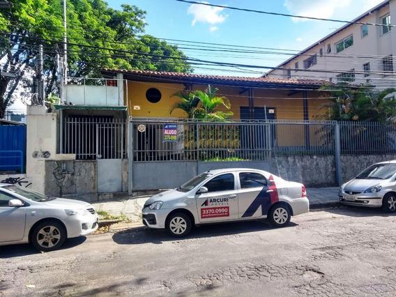 Casa Para Locação No Bairro São Pedro - 8478