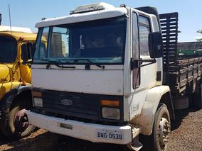 Caminhão Ford Cargo 1418