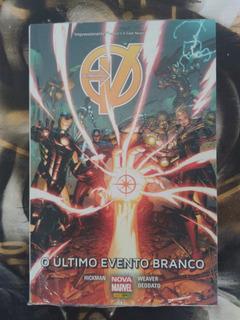 Hq Nova Marvel Os Vingadores O Último Evento Brando